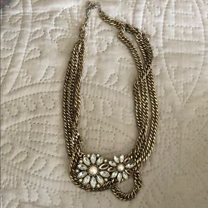 🔴Flower chain necklace with pearl center